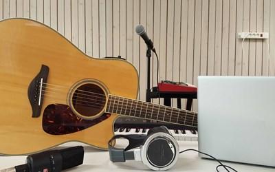 Singer/songwriter och digitalt musik- och ljudskapande