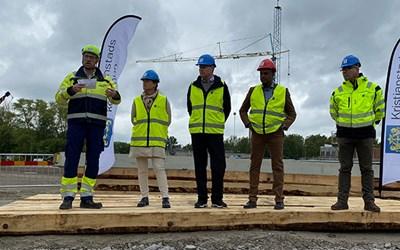 Åsmund Lunde, produktionschef, Vatten- och Miljöteknik på NCC, Johanna Näslund, t.f. förvaltningschef tekniska förvaltningen, Peter Johansson (M), kommunalråd, Qalinle Dayib (C), ordförande tekniska nämnden och Lars Svensson, VA-chef.