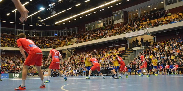 Sverige mötte Island i Kristianstad Arena 2015.