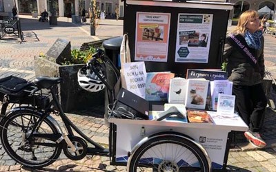 Bibliotekets pop-up på Lilla Torg i Kristianstad