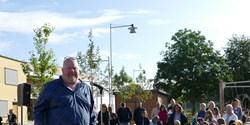 Borta bra, men hemma bäst. Äntligen är rektor Roger Dehlén med personal och elever tillbaka på Kulltorpskolan.