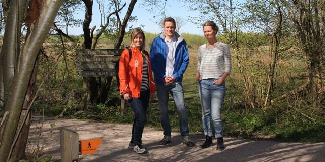Sara Näsvall (ledutvecklare Region Skåne), Håkan Östberg (natur- och friluftstekniker på Biosfärenheten) och Jenny Sahlström (Friluftsstrateg på Kultur- och Fritidsförvaltningen)