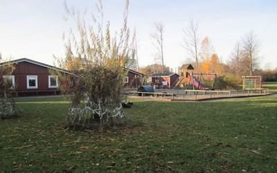 Härlig utemiljö vid Sjögårdens förskola.