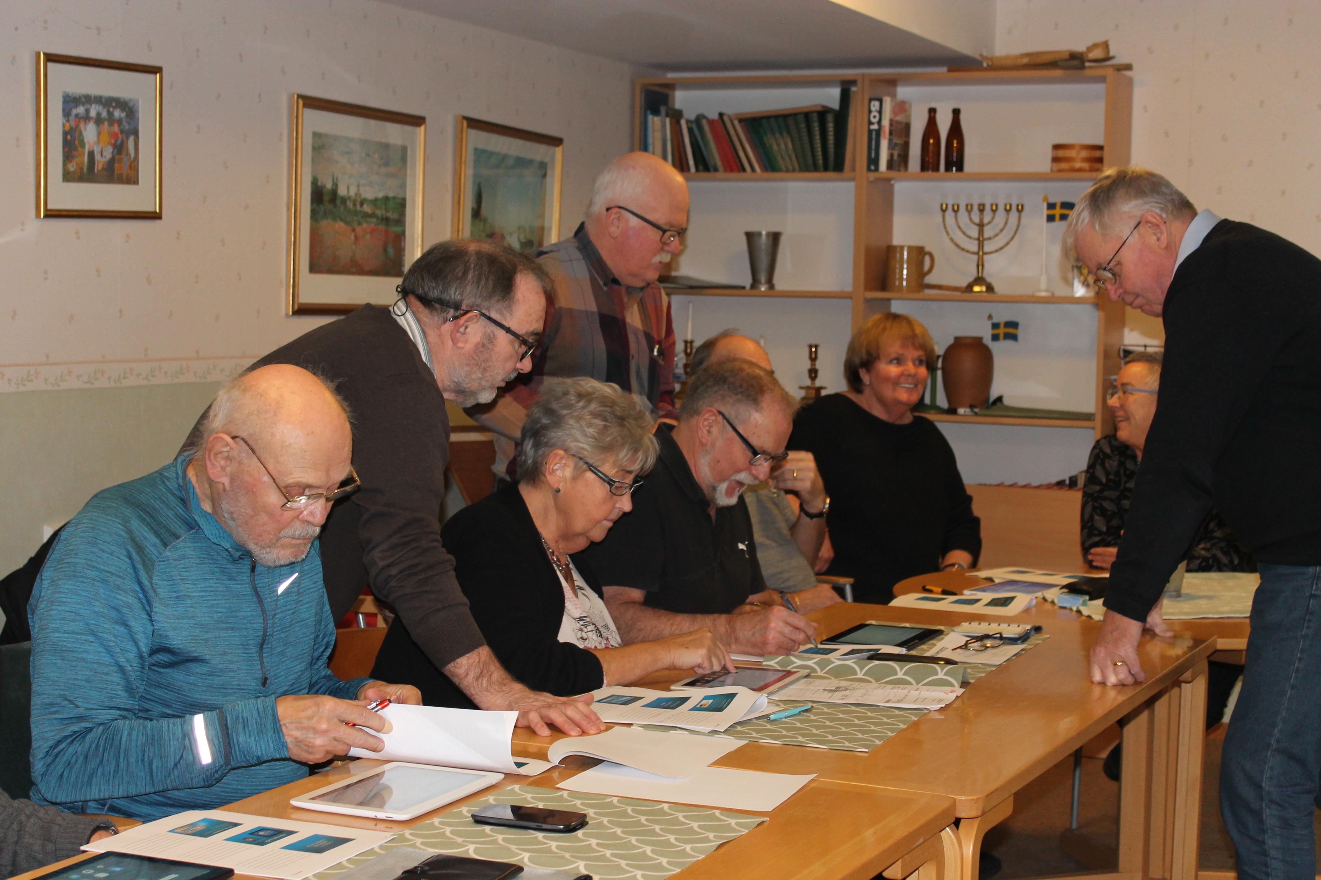 Mötesplatser För äldre I Skanör Med Falsterbo