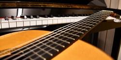 Piano- och gitarrplatser