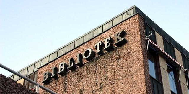 Biblioteken i Kristianstad fortsätter att hålla öppet enligt ordinarie öppettider, men med begränsad service. Stadsbiblioteket och Åhus bibliotek håller fortsatt stängt under helger.