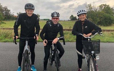 Ambassadörer när utmaningen Cykla till jobbet hölls 2019. Gustaf Andersson från First hotel C4, Daniel Eklund från C4 Shopping och Åsa Sivtoft från Åhus Seaside.