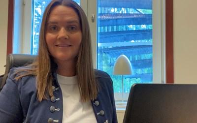 Martina Sjöström enhetschef berömmer personal och elever som snabbt lyckats ställa om till digitalt arbetssätt.