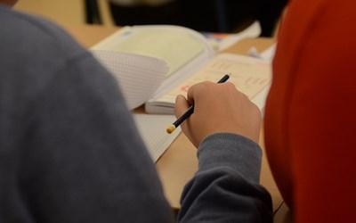 Grundskolan är en obligatorisk skolform med 9 läsår.