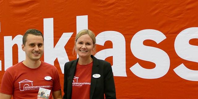 Studie- och yrkesvägledare Berat Halili och rektor Eva-Lotta Enqvist från Söderportgymnasiet var på plats.