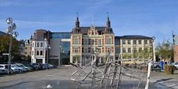 Stora torg med rådhuset