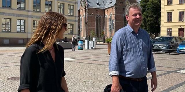 Kristianstads kommunalråd Pierre Månsson (L)  och Studiefrämjandets Mari Graneskog.
