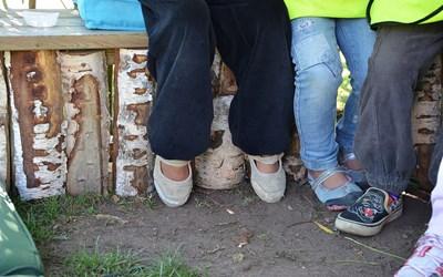 Alla barn i åldern 1-5 år, vars föräldrar arbetar eller studerar, har rätt till plats i förskola.