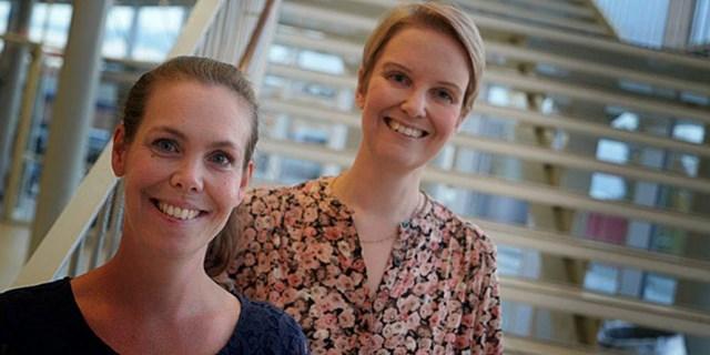 På plats från Söderportsgymnasiet fanns Ida Peters och Therese Palmer Eek för att ta emot priset.