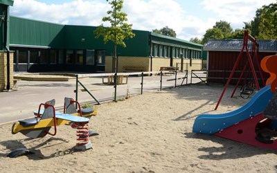 Österängs förskola ligger nära centrum med bra bussförbindelser.
