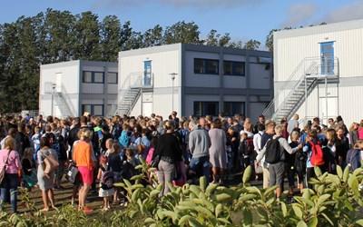 Så här såg det ut när våra paviljonger invigdes inför läsåret 2015/16