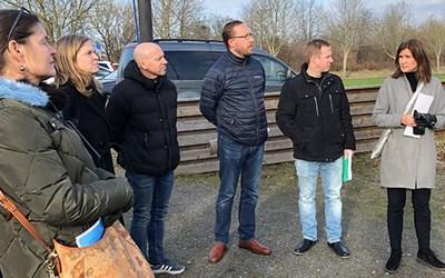 Delar av kultur- och fritidsnämnden tillsammans med representanter från Önnestads Boll- och Idrottsförening