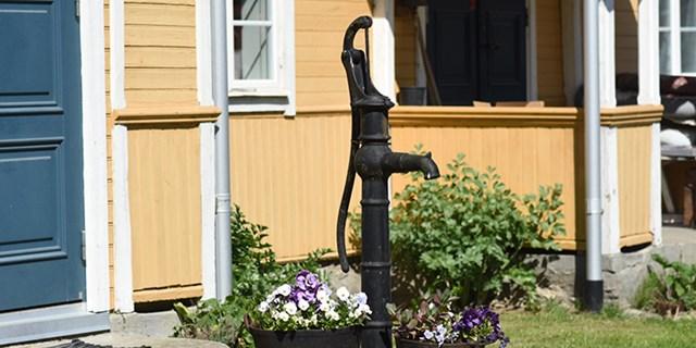 En äldre typ av dricksvattenbrunn.