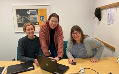 Anna Bryllert, Linda Siggelow och Anna Kärner har jobbat med den nya e-tjänsten om masshantering tillsammans med företag från Kristianstads kommun .
