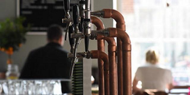 Företagare i Kristianstads kommun ger arbetet med serveringstillstånd gott betyg
