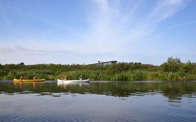 Båt och kanot