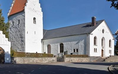 Kyrkan i Degeberga är värt ett besök