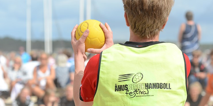 Thousands of young kids play beach handboll in Åhus each summer.